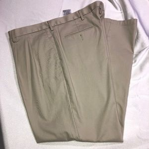 Dockers pleated front khakis 40x32 $28 OBO